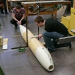 Messarbeiten zur Positionierung des Seitenleitwerks